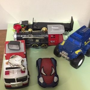 Assorted toy vehicles 5 in all as shown in pics